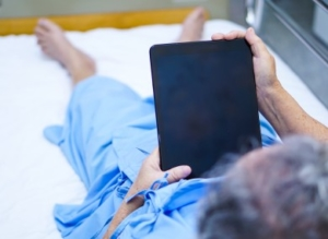 Hundreds of tablet devices donated to Covid-19 patients to help them contact loved ones